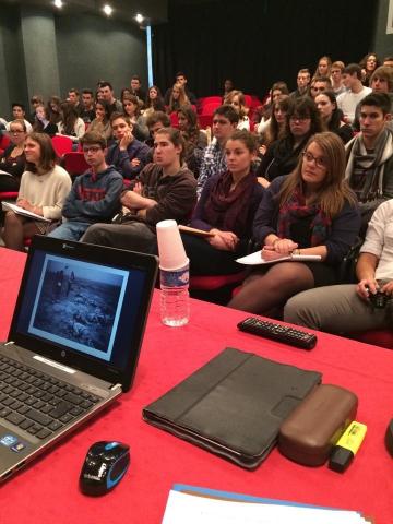 Participation à la table ronde au Lycée Baudelaire 2.jpg