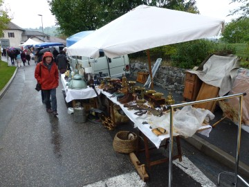 Vide grenier lionel tardy - Cuisine centrale annecy ...
