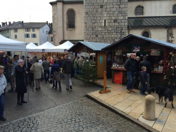 Matinée sur le village de Noël à Thônes 3.jpg
