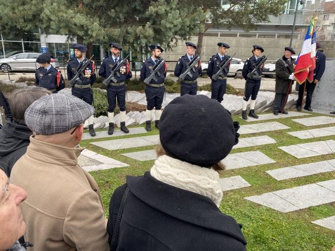 annecy,ceremonie,algerie,anciens combattants,annecy,monument,guerre