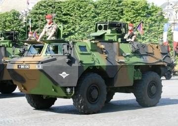 vab_renault_voa_artillery_observation_wheeled_armoured_vehicle_640.jpg