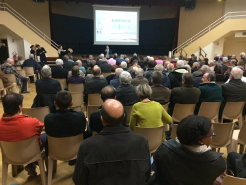 De retour de l'Assemblee nationale ... réunion ublique de présentation de l'état d'avancement du PLUI (Plan Local d'Urbanisme Intercommunal) de la Communauté de Communes du Pays de Faverges.jpg