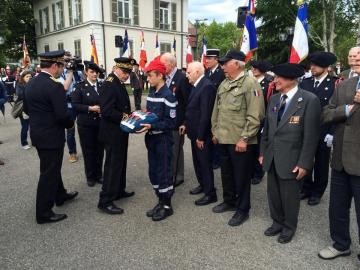 70ème anniversaire du 8 mai 1945 à AnnecyMilitaires 1.jpg