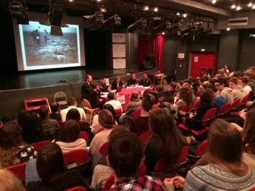 Participation à la table ronde au Lycée Baudelaire 1.jpg